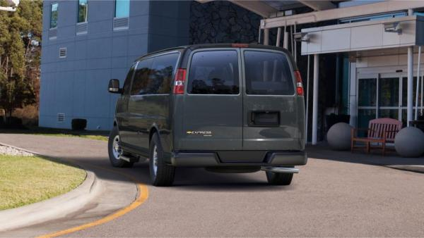 2015_chevrolet_express_rear