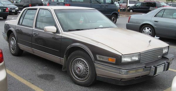 800px-86-87_Cadillac_Seville