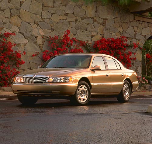 1998 Lincoln Continental 3/4 front.