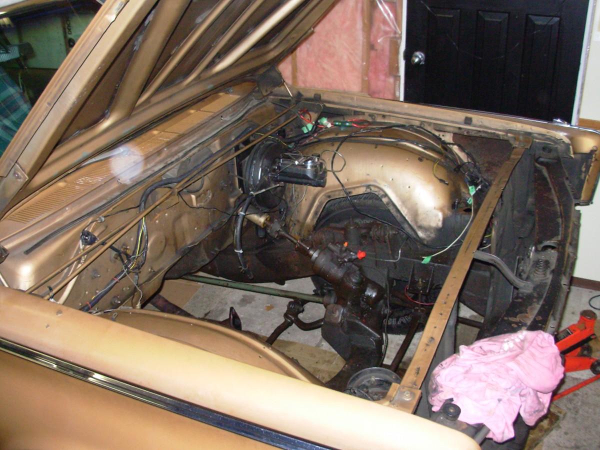 My 1966 Chrysler Windsor, Part 2: Fighting A Rust Monster