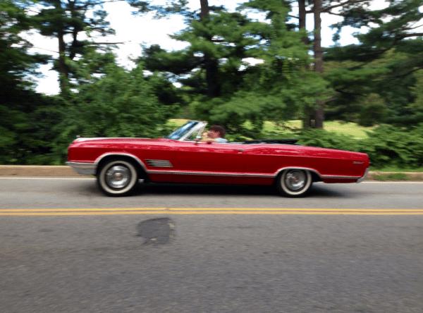 Buick 1966 Wildcat conv 3