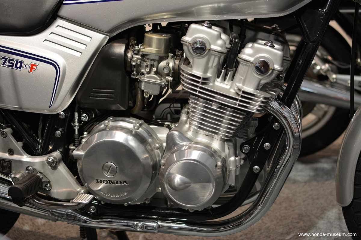 Kickstand Classic 1979 82 Honda Cb750f The Second Wave Starts 1975 Was A Further Step In Evolution Of Ujm That Introduced More Sophisticated Engine And Chassis Design