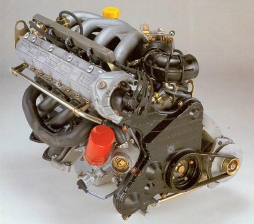 Porsche-944-engine-1983