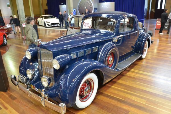 1935 Packard Super 8 Coupe