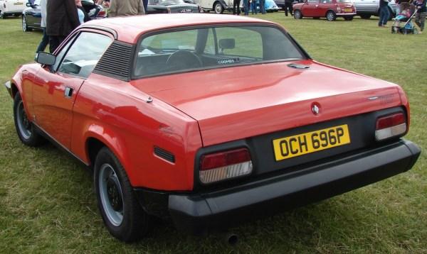 1976TriumphTR7-6