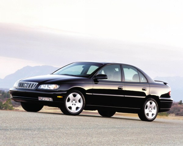 2001-Cadillac-Catera-Sedan-Image-01