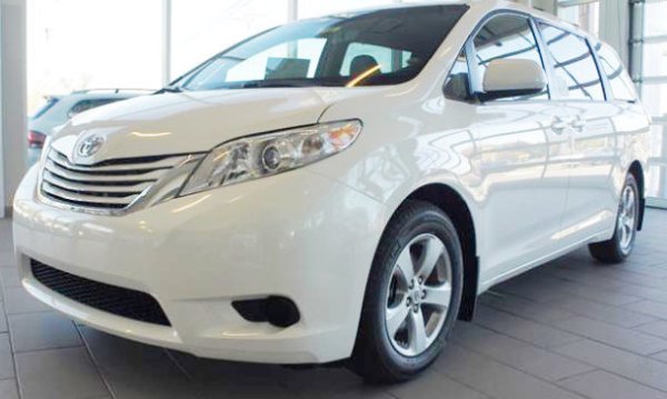 2015-Toyota-Sienna-CR-Most-Reliable-Minivan