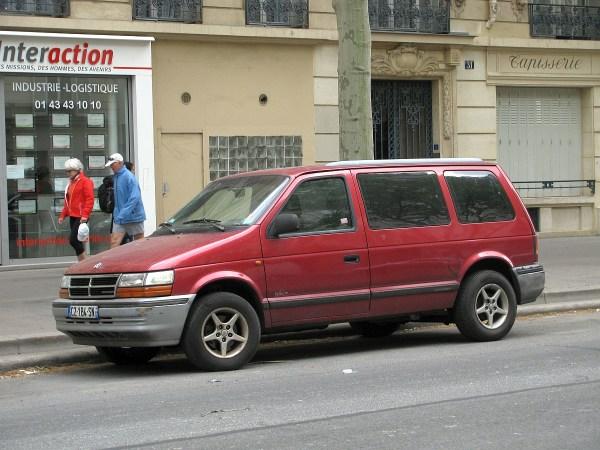 Dodge Caravan Ave Daumesnil 20140420