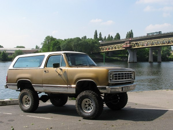 Dodge Ramcharger Conflans 20140531