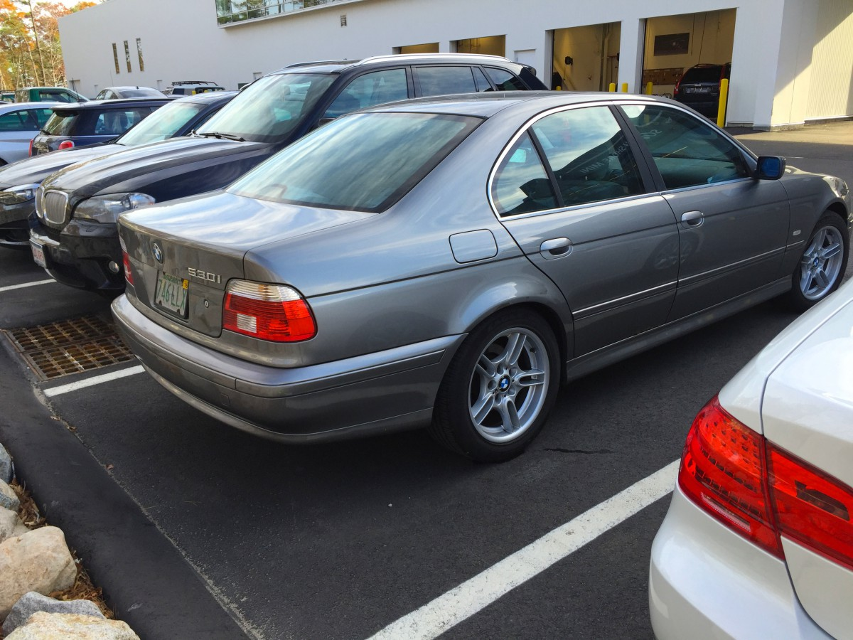Curbside Classic 2002 BMW 530i E39  Peak 5Series