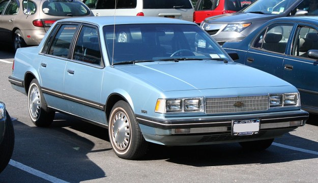 1024px-1986_Chevrolet_Celebrity_2.5