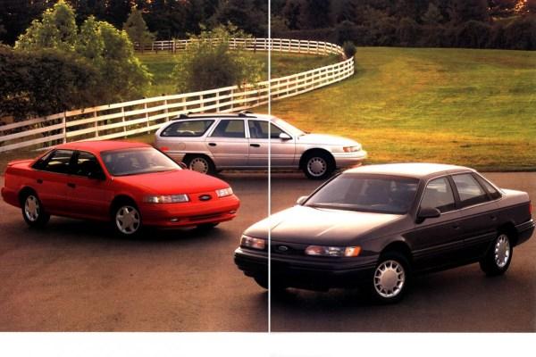 1993 Ford Taurus-04-05