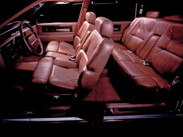 Cadillac DeVille Touring Sedan
