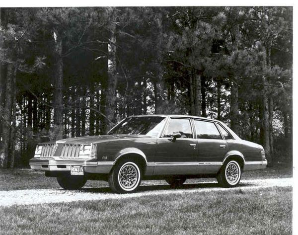 1978 pontiac grand am sedan 1