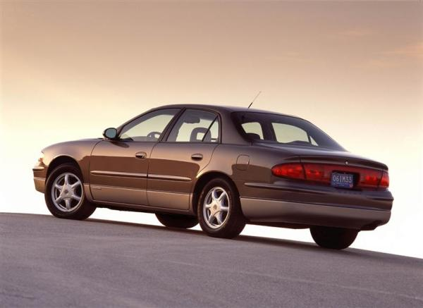 2004 buick regal 2