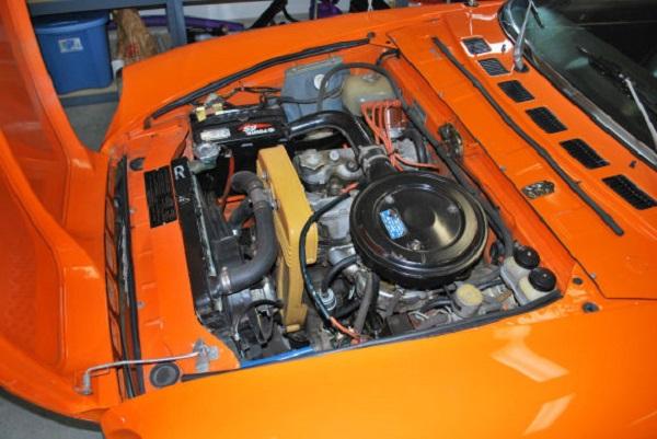4 - Fiat 124 Sport Spider Engine
