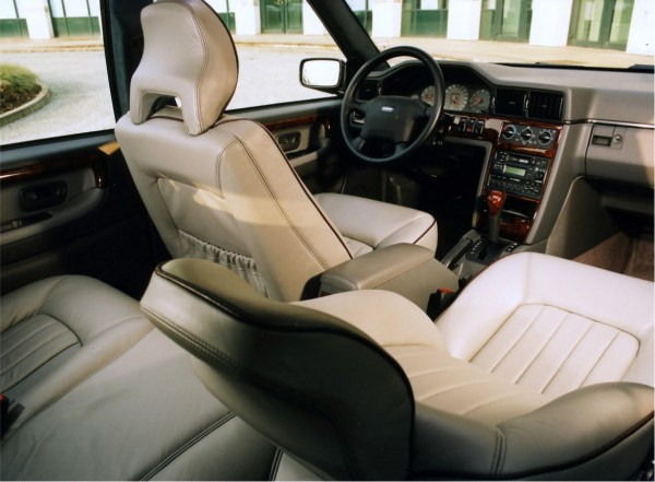 960 woodgrain interior