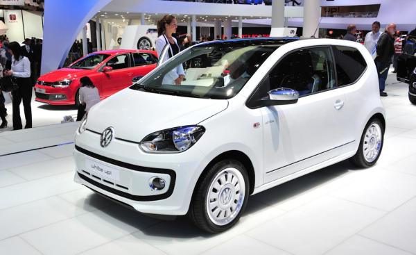 _volkswagen-up-2