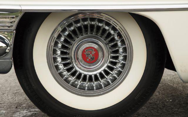 1955-cadillac-eldorado-wheel