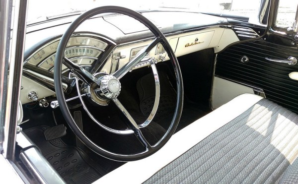 1956 Monarch Richelieu interior