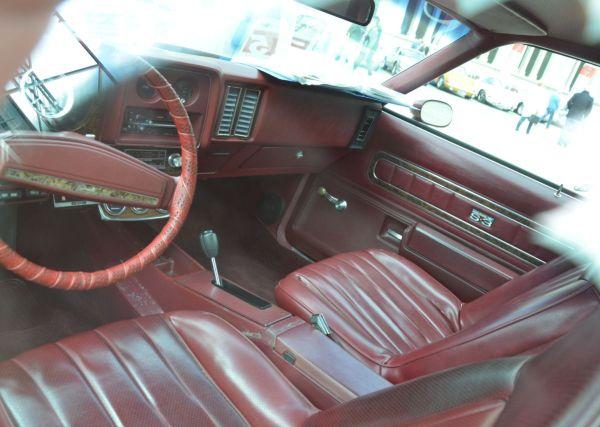 1975 Chevy Laguna S3 interior