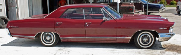 Pontiac 1965 4 dr hdtop