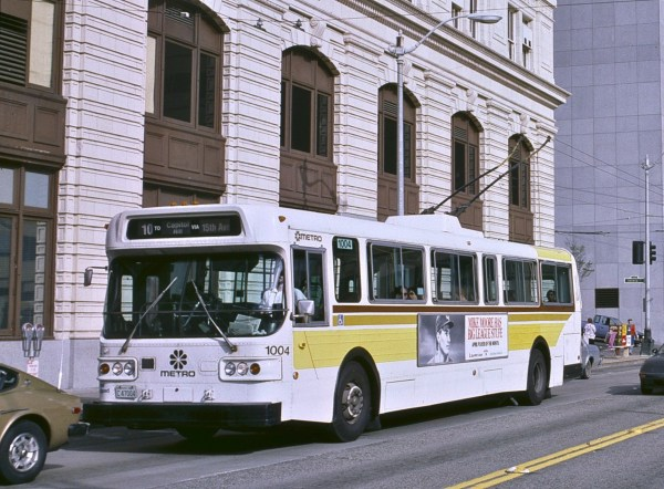 Seattle_AM_General_trolleybus_downtown,_1986