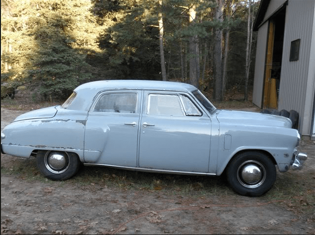 Studebaker 1947 4 door champ