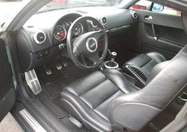 6 - Audi TT Interior