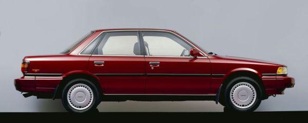 1989_Toyota_Camry_01_ac607c14-ebeb-4a50-9abd-26be25054a17-prv