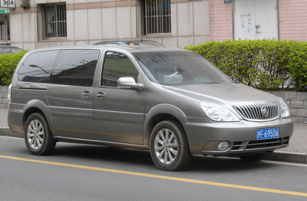 Buick GL8 old