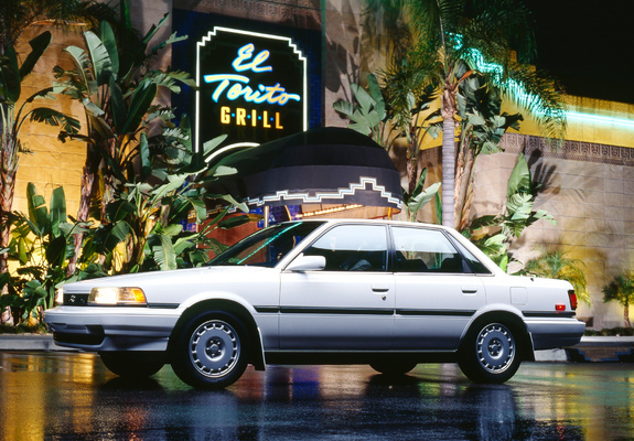 wallpapers_toyota_camry_1990_3_b