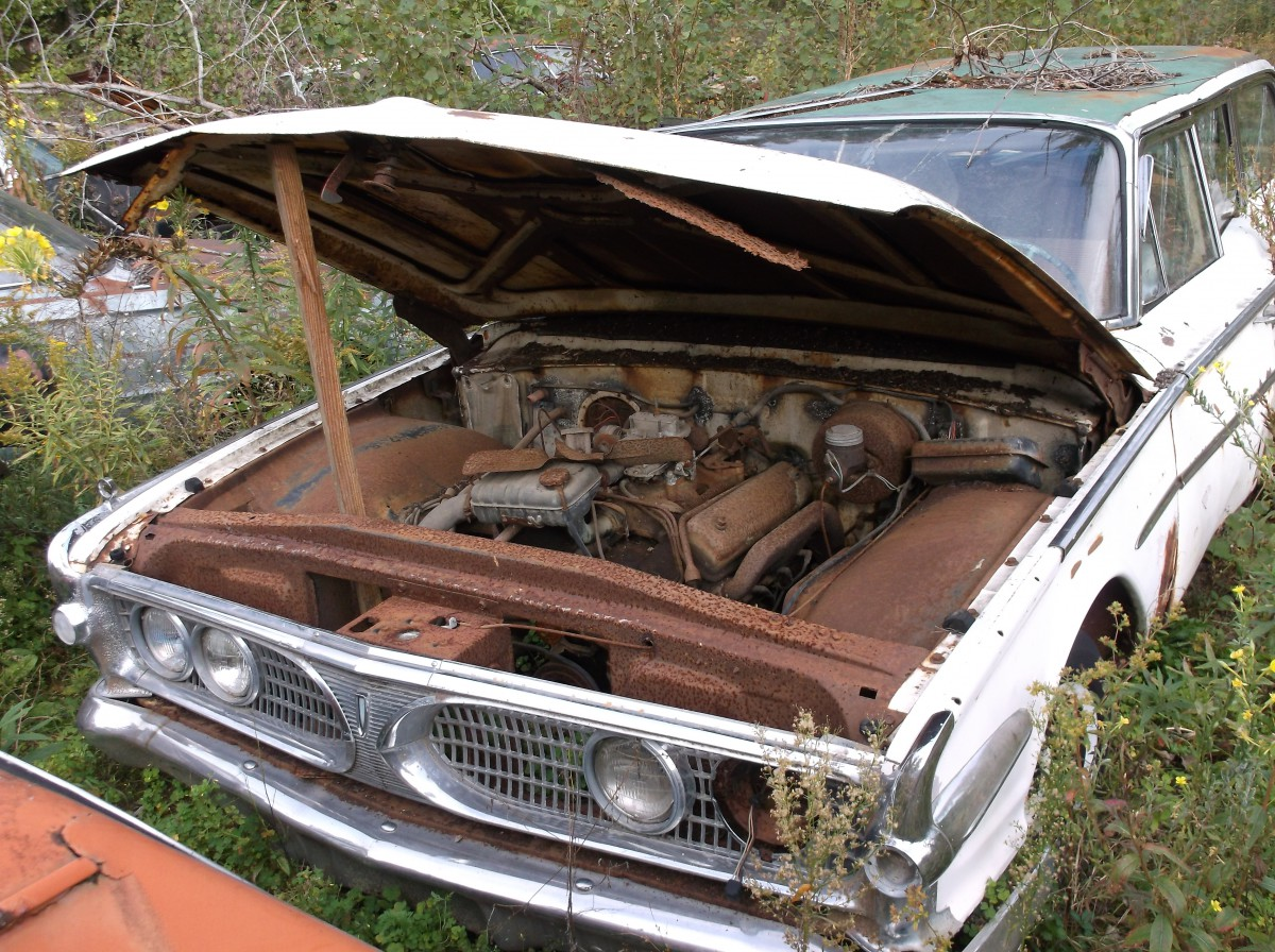 Junkyard Classic: 1960 Edsel Villager — This Orphan Would Take a ...