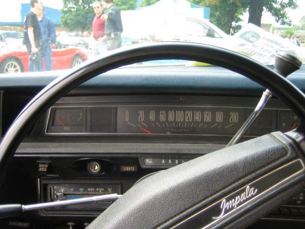1972ImpalaDash-1