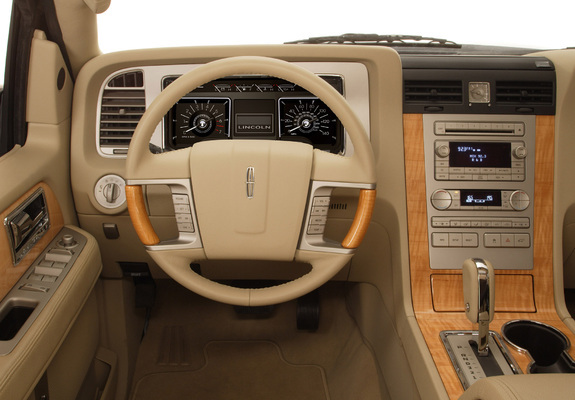 wallpapers_lincoln_navigator_2007_2_b