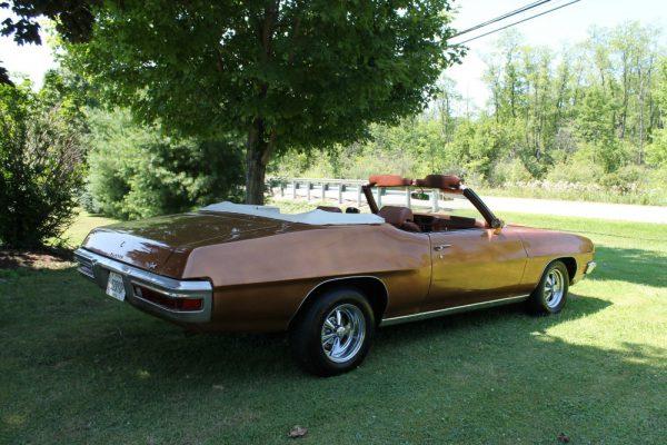061 - 1971 Pontiac LeMans Sport convertible CC