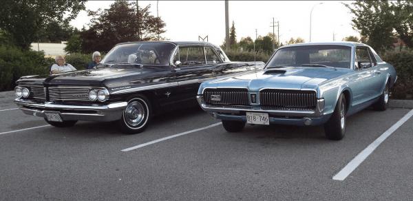 Pontiac 1962 Parisienne and cougar 2