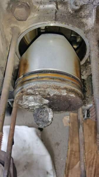 piston with broken valve