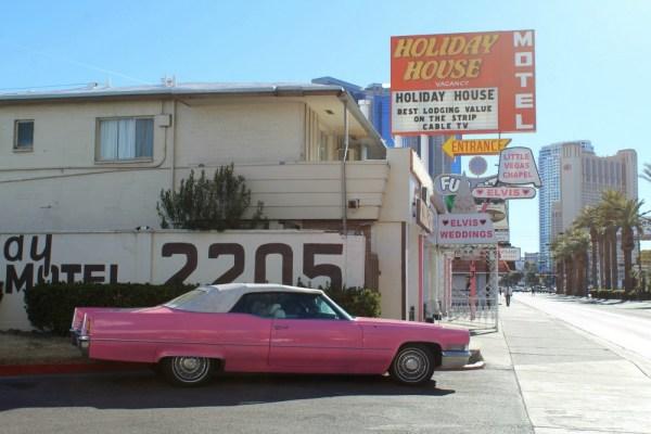 256 - 1970 Cadillac Coupe DeVille CC