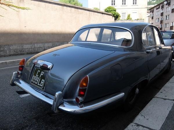 67jag420_rear2