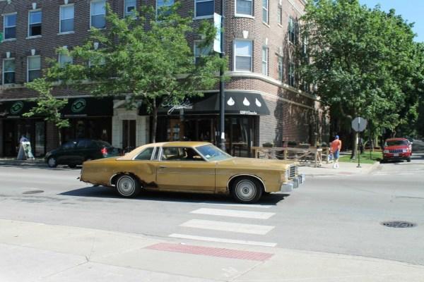 013-1975-ford-ltd-cc