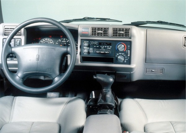 1996 Bravada interior
