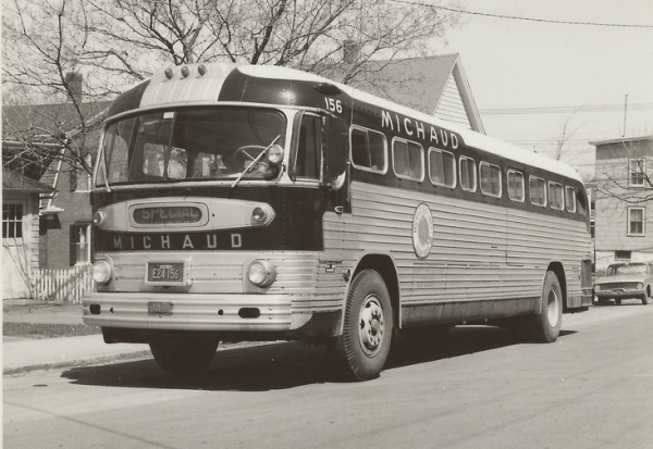 gm-coach-pd-4103