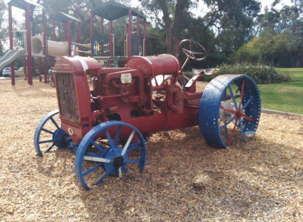 mccormack-deering-tractor