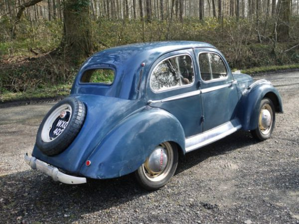 040616-barn-finds-1950-panhard-dyna-3-630x472