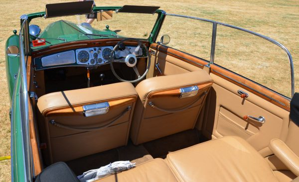 1938-lancia-astura-interior-2