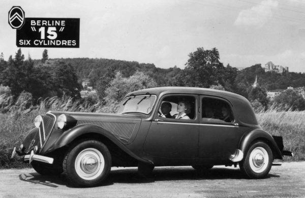 """1947 Citroën 15-Six """"G"""" with a lefty engine. Note new wheels and painted headlamps."""