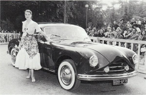 """Figoni & Falaschi's rather superfluous Citroën 15-Six """"Le Squale"""" coupé in 1952."""