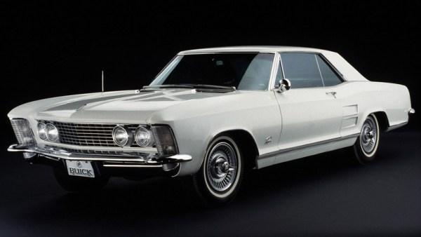 buick-1963-riviera-bw