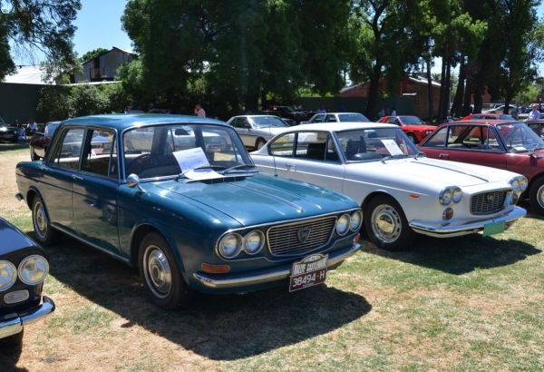 lancia-flavia-sedan-coupe-front